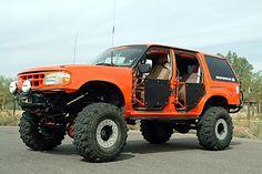 Explorer tube doors Lifted Ford Explorer, Ranger 4x4, Mercury Mountaineer, Sport Trac, Explorer Sport, Mid Size Suv, Suv Trucks, Older Models, Pickup Trucks