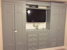 Bedroom Wardrobe Doors Built Ins 67 Ideas For 2019 Bedroom Built Ins, Bedroom Makeover, Bedroom Built In Wardrobe, Bedroom Interior, Build A Closet, Remodel Bedroom, Closet Bedroom, Trendy Bedroom, Bedroom Wall