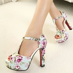 Flower Print Chunky Heel T Strap Sandals