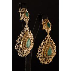 New Beldi Earrings 38 Real Gold Jewelry, Fine Jewelry, Women Jewelry, Bijoux Design, Jewelry Design, Gold Pendant, Pendant Jewelry, Moroccan Jewelry, Chanel Pearls