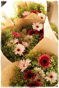 http://ameblo.jp/flower-note/entry-11742829576.html『【若干名募集です】Flower note at home(自宅用花束)』