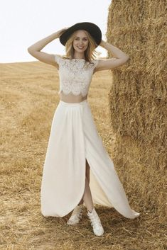 Two Piece Wedding Dress, Top Wedding Dresses, Affordable Wedding Dresses, Designer Wedding Dresses, Rembo Styling, Kiss & Tell, Bohostyle, Split Skirt, Chiffon Skirt