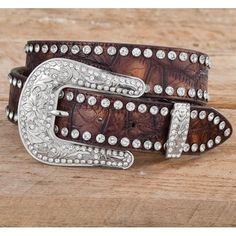 Showing belt. Orig: $39.95    Sale: $9.99