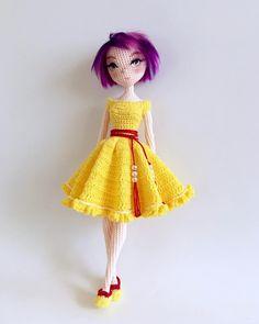 #amigurumi #amigurumidoll #weamiguru #doll #dollmaker #weave #crochet #handmade #craft #yarn