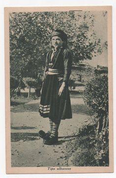 Albanian woman's costume from Eastern Albania, from Dardha, Korcha area. Costume féminin de l'Est de l'Albanie, de la région de Kortcha, village de Dardha. Festival Dress, Traditional Dresses, Festivals, Folk, Fashion, Female Costumes, Albania, Moda, Popular