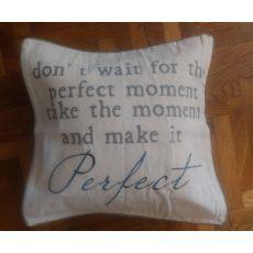 """Vintage vankúš """"Perfect"""" od Clayre & Eef"""