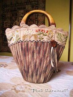 В копилку лоскутнице. Идеи лоскутных сумок. Обсуждение на LiveInternet - Российский Сервис Онлайн-Дневников