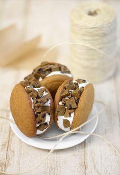 Sprinkle Bakes: Spice Cookie Dough Stuffed Pumpkin Whoopie Pies