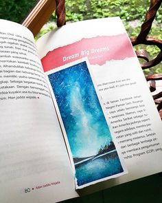I have a dream.. I could run away freely and explore the world that i  want while watching a lot of star, milky way or northern light  I have a dream.. Canson XL aquarelle with acrylic white from @ potentiarte  #galaxy #watercolorproject #watercolor #bookmark #catair #painting #art #dream #artistina #iartpost #_art_help_ #helpmyart #funwithgalaxies #youngartisthelp