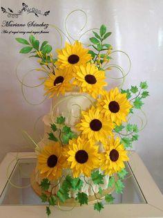 Sunflower Wedding Cake | Tartas Lambeth 15th Birthday Cakes, 21st Birthday, Birthday Ideas, Satin Ice Fondant, Fondant Icing, Kylie Birthday, Sunflower Cakes, Ice Cake, Gum Paste Flowers