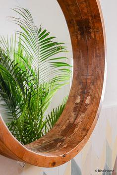 Ronde spiegels van hout in huis ©BintiHome-4
