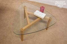 Table basse tripode Höti - La légèreté dune table en verre, le style vintage dune table tripode
