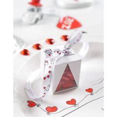 Ruban Vive les mariés en satin blanc, dessin voiture des mariés avec ballons coeur rouge pour décoration de mariage.