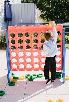 Brides.com: . Entertain your little ones with kid-friendly, jumbo-sized games like Connect Four.