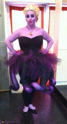 Ursula - Halloween Costume Contest via Diy Halloween Costumes For Women, Halloween Costume Contest, Halloween Ideas, Costume Ideas, Halloween 2019, Halloween Birthday, Disney Halloween, Halloween Stuff, Halloween Outfits