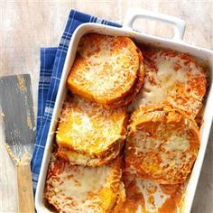 Grilled Cheese & Tomato Soup Bake Recipe Church Potluck Recipes, Potluck Dishes, Potluck Meals, Dinner Recipes, Savoury French Toast, Good Food, Yummy Food, Mets, Antipasto