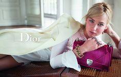 [On lit] Jennifer lawrence pour dior - Avenue montaigne @MontaigneAvenue