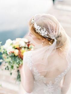 Gown: Sarah Janks from Velvet Bride - Autumn Harvest Bridal Inspiration by Alisa Lewis Event Design (Stylist) + Park Road Photography - via Magnolia Rouge (Model: Kendall Krasik)