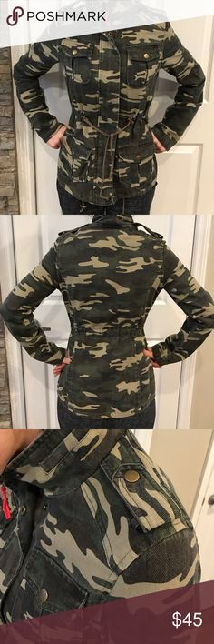 Women's Camouflage drawstring jacket size small Adorable drawstring camouflage jacket . The string is sizable.  Front pockets. Perfect condition QUINN Jackets & Coats Utility Jackets