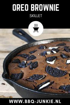 Traeger Recipes, Barbecue Recipes, Oreo Dessert, Yummy Snacks, Delicious Desserts, Yummy Food, Skillet Brownie, Bbq Desserts, Bbq Egg