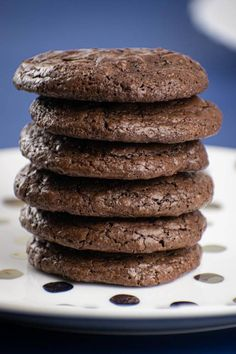 BEST Keto Cookies! Low Carb Keto Chocolate Fudge Brownie Cookies Idea – Quick & Easy Ketogenic Diet Recipe – Completely Keto Friendly Low Carb Chocolate Cake, Chocolate Brownie Cookies, Melting Chocolate, Keto Fudge, Keto Brownies, Low Carb Desserts, Low Carb Recipes, Ketogenic Diet, Stevia
