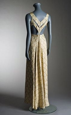 Madame Grès couture gold and ivory silk damask evening gown, Winter, 1935