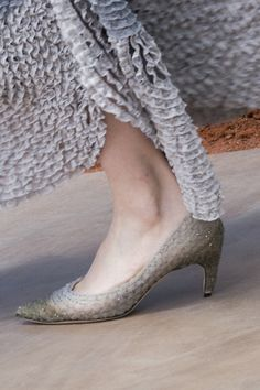 Christian Dior Fall 2017 Couture Fashion Show Details