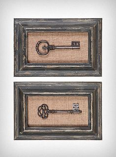 I love these. I think it'd be easy to recreate them buying old frames in a thrift store, and find some old keys to put in the middle. I think they would look even cooler if the frames were different sizes. Maybe a group of three.