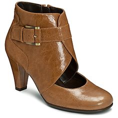 Aerosoles have some really GREAT sales