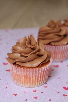 What's Baking, Babycakes? - What's Baking Babycakes has easy homemade desserts and hearty casseroles Raspberry Cupcakes, Mocha Cupcakes, Chocolate Cupcakes, Easy Homemade Desserts, Easy To Make Desserts, Ganache Cupcake, Toffee Cake, Banana Nut Muffins, Vanilla Cupcakes