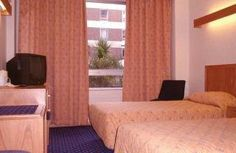 Located in Camden, the Royal National Hotel is a short walk from Russell Square and offers a fitness centre, a 24 hour reception