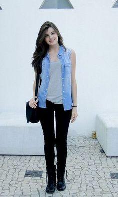 Look Camila Queiroz Colete Jeans + Legging