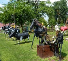 Metal Yard Sculptures | ... hours of riding...all for a burger...and some yard art and a windfarm