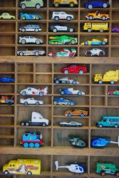 the boo and the boy: simon's room Printer's tray as matchbox car storage - Modern Matchbox Car Storage, Matchbox Cars, Childrens Bedroom Storage, Childrens Rooms, Hot Wheels, Printers Drawer, Boy Room, Printer Tray, Boy Decor