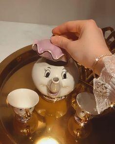 Beauty And Beast Birthday, Beauty And The Beast Theme, Disney Beauty And The Beast, Beast's Castle, Retro Christmas Decorations, Disney Rooms, Halloween Activities For Kids, Disney Mugs, Disney Home Decor