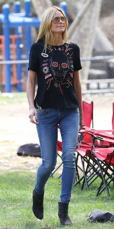 Heidi Klum Gets in the Halloween Spirit for Weekend Outing Heidi Klum wearing an embroidered Alexander McQueen skull shirt, Rag & Bone boots, and Strom [. Cute Casual Outfits, Stylish Outfits, Celebrity Outfits, Celebrity Style, Model Legs, Mommys Girl, Rocker Girl, Model Street Style, Heidi Klum
