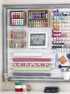 simple tricks to organize the chaos // craft room peg board