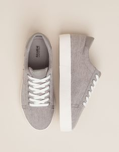 BAMBA BLOQUE COLLEGE GRIS - ZAPATOS MUJER - MUJER - PULL&BEAR España