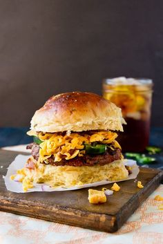 Frito Pie Burger on a Jalapeno-Cheddar bun. Enjoy this Texas speciality anywhere. Hamburger Bun Recipe, Hamburger Buns, Burger And Fries, Good Burger, Fancy Burgers, Summer Burgers, Mini Burgers, Veggie Burgers, Hamburgers