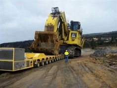 Heavy hauler!Could be a Komatsu PC3000 or PC4000 front shovel