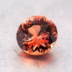 Minerals And Gemstones, Crystals Minerals, Rocks And Minerals, Sapphire Gemstone, Peach Sapphire, Rocks And Gems, Gemstone Colors, Colored Diamonds, Gemstone Jewelry