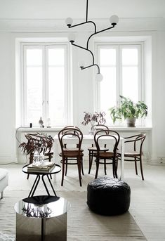 Stylish black and white home - via Coco Lapine Design