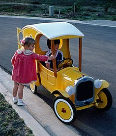 Stevenson Projects Model A Delivery Wagon Pedal Car Plans image 1 Bugatti, Model Auto, Soap Box Cars, Kids Ride On, Pedal Cars, Pedal Tractor, Go Kart, Ford Models, Amazing Cars
