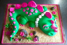 Girly Dinosaur - Cake by Ellice