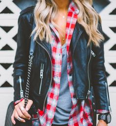 There are so many ways to wear a leather jacket. Leather jacket outfits are super versatile whether black or brown and can go with almost any look! Layering Outfits, Casual Outfits, Cute Outfits, Office Outfits, Layering Clothes, Plaid Outfits, Beach Outfits, Fall Winter Outfits, Autumn Winter Fashion