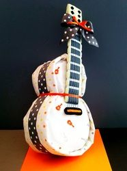 Guitar Diaper Cake  So want to learn how to do this!