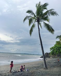 A first time visitors guide to Costa Rica including specific travel tips on when to go, what to do and tips for San José and Manuel Antonio