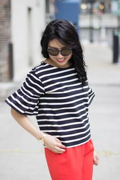 RD's Obsessions: Office Holiday Outfit, Christmas outfit, holiday style, bell sleeve top, pop of red