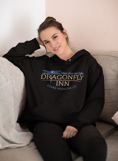 Dragonfly Inn, Gilmore Girls, Navy And Green, Online Boutiques, Rib Knit, Hooded Sweatshirts, Graphic Sweatshirt, Plus Size, Athletic