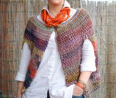 Crochet Art, Love Crochet, Knitted Shawls, Crochet Shawl, Crochet Winter, Urban Outfits, Yarn Needle, Crochet Clothes, Pulls
